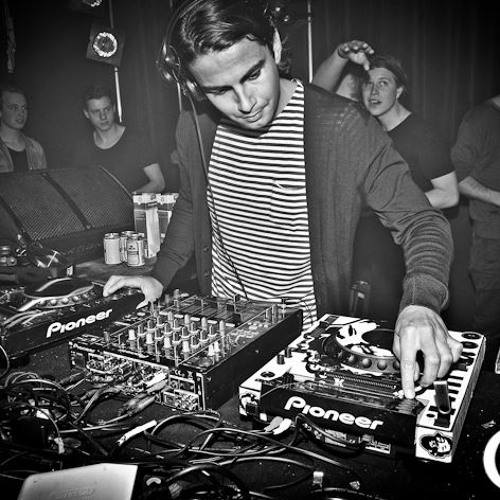 Sebastian Sleebos @ Nachtdivisie 1-03-2013 (Downstairs, after recording)