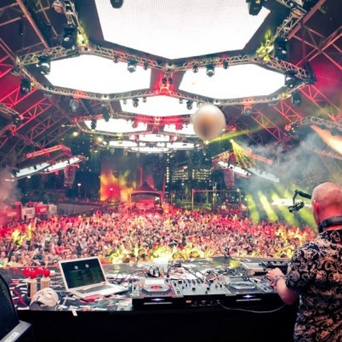 Next Door But One - Art Of The Matter (Sonny Wharton Remix) - Fatboy Slim Live at Ultra, Miami 2013