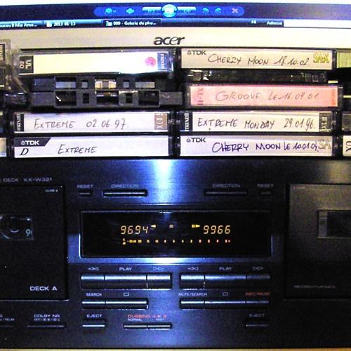 After on Sunday 13/05/2001 @ De Groove (Arkenvest, 1500 Halle)
