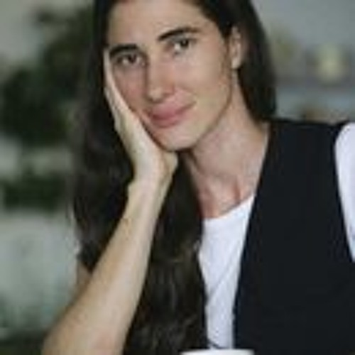 Cuban Dissident Yoani Sanchez Hopes for a Post-Castro Era