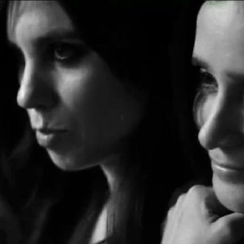 Julieta Venegas - Vuelve (Feat Javiera Mena y Gepe