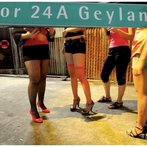 Lady of the Sistrum - Geylang Techno set at Lorong 24 (Pok-Pok-Keh Mix) - FREE DOWNLOAD