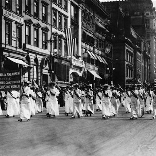 Illinois celebrates 100th Anniversary of women's suffrage