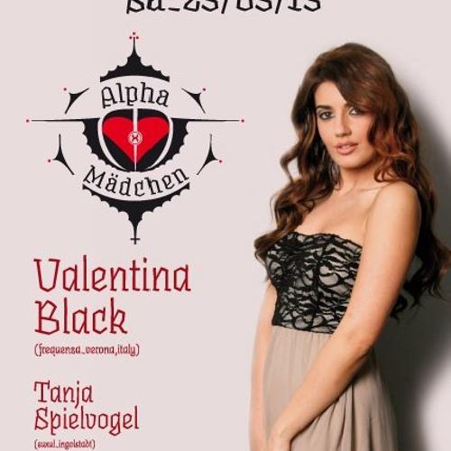 Valentina Black at SUXUL 2013-23-03