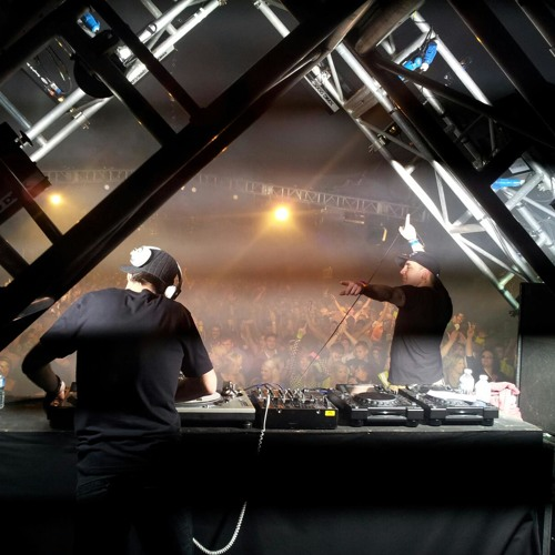 **FREE DOWNLOAD** DJ Marc Smith & MC Whizzkid - Westfest 2012