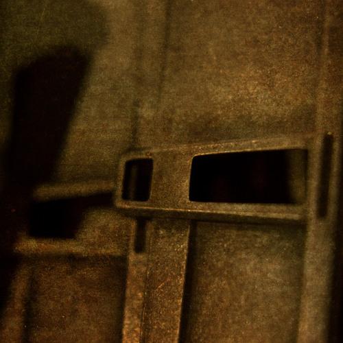Vincenn - Engine Room [Free Download] // WΛV