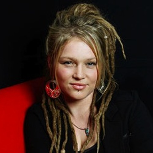 Crystal Bowersox - Movin' On (#211)