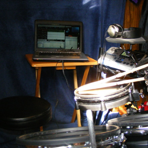 Justin Bieber Ft. Usher~ Somebody to love. (drums)