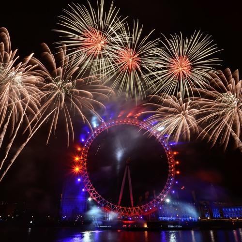 London New Year's Eve 2012/13 - Fireworks Soundtrack