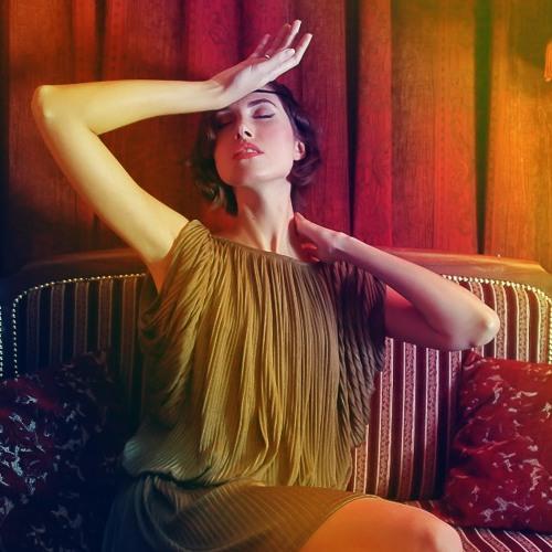 Nina Karlsson - I'm On Fire  (live at studio)