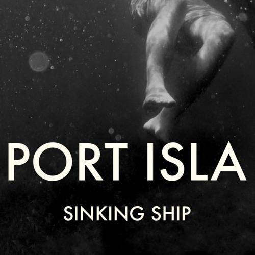 Port Isla - Sinking ship