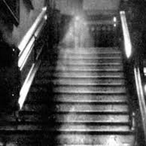 CauzeNFX - Spectres (Horrorcore Rap)