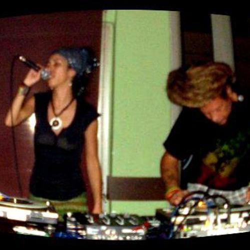 I Know A Place live by Full Circle (Jammaroots meets Stefanatty)@ Saoki, Samothraki