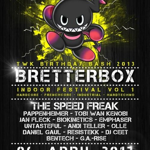 Jan Fleck @ BretterBox Indoor Festival / IndustrialFloor (exclusive core set) 6.4.13
