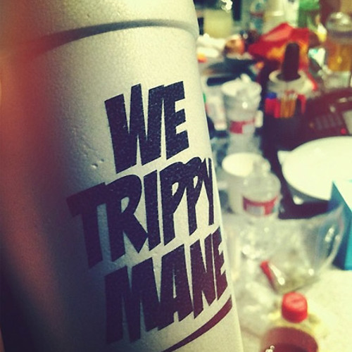 Hustlin and Smoking Beat 'I'm Trippy'