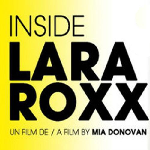 Lara on the Beach (Inside Lara Roxx)
