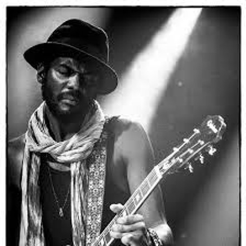 """Please Come Home"" - Gary Clark Jr. (Live)"