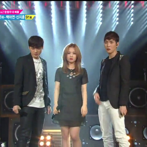 Lee Hi ft. 2000 Won - Love The Way You Lie @ Kpop Star Dream Stage