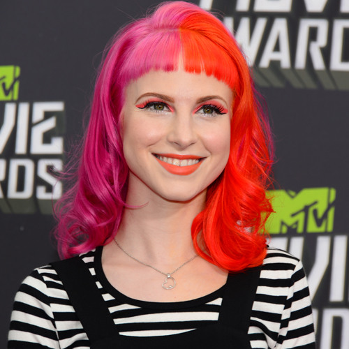 Direct from Hollywood: Hayley Williams Explains Why They Titled 4th Album 'Paramore'