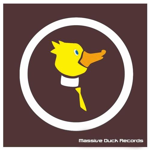 Saul Espada & Ferran Aguado - Kick my dog (Original mix) {Massive Duck Rec}