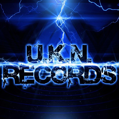 Unknown & Snipes - Drive Me Insane (F/C UKN Records)
