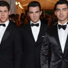 Joe Jonas Reveals the Jonas Brothers' Pre-Show Ritual