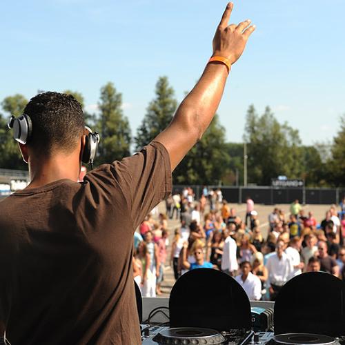 DJ Seran presents First Round 5 Year Anniversary Mixtape