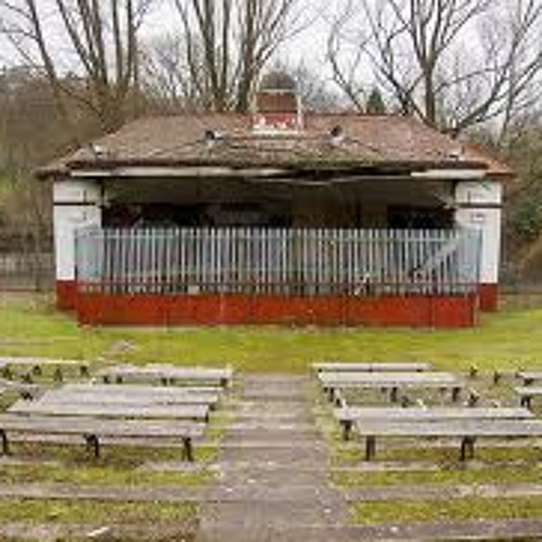 A curse on the bandstand