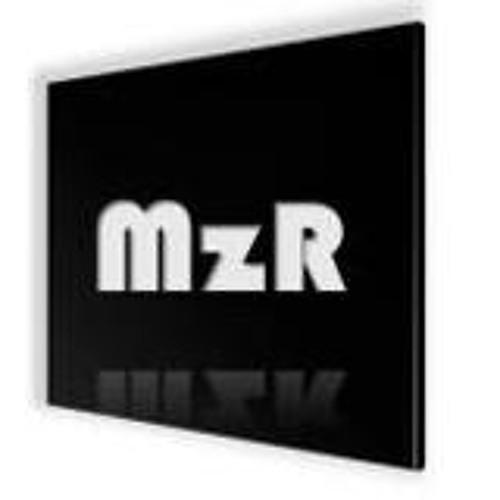 Transit2 - Crystal (Original Mix)[0:00 - 2:50]...(MzR remix)[2:50 - 6:00]