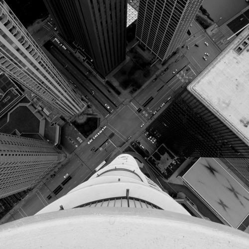 Makvillain - looking down
