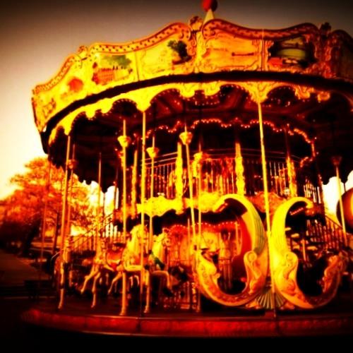 Carousel (Oorlab/Pleudoniem/The Plugs)