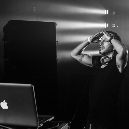 HOT X @ HYPERSPACE 2013 live - Budapest