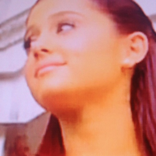 Ariana Grande Put Your Hearts Up