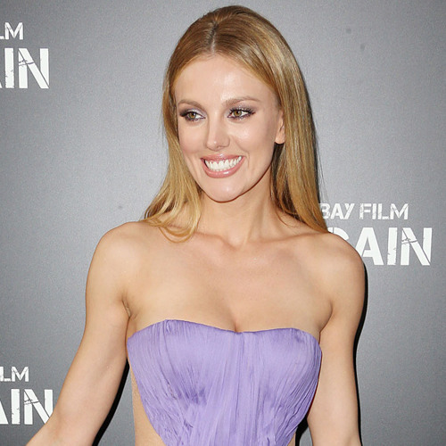 Direct from Hollywood: Bar Paly Says Was Awkward to Kiss Dwayne 'The Rock' Johnson