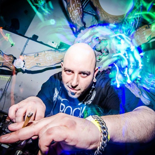 Dj Prozak - May 2013 Free Download!!!