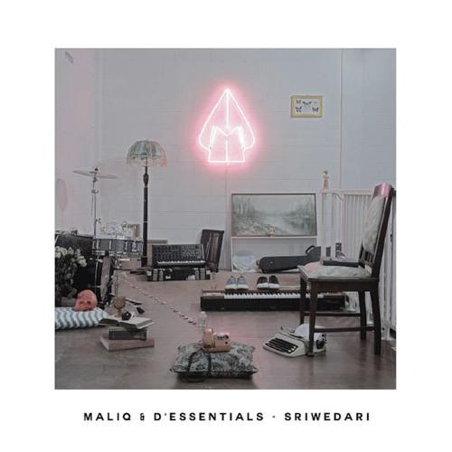 Beautiful Disaster - Maliq n D'Essentials