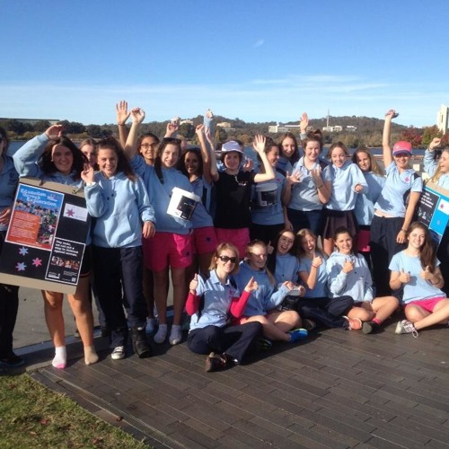 Lyneham High students do 24-hour lake walk
