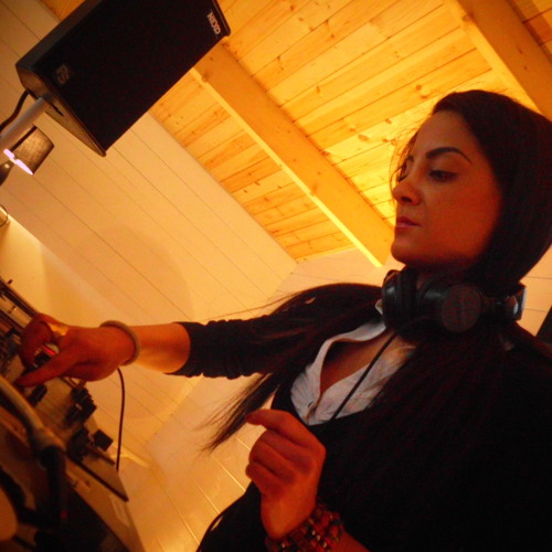 Club Business Radio Show mixed by Nuray Alkan 04.05.2013