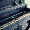 Blue old piano & friends