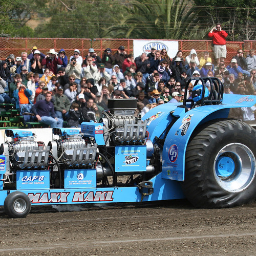 JIL-Another Big Day At The Tractor Pull
