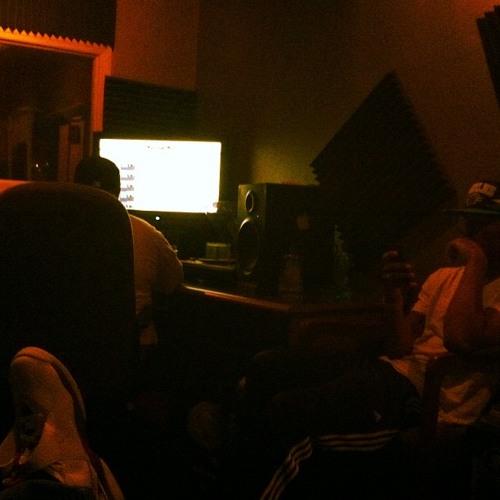 1:18 In The Studio (5am in Toronto Re-Twiist)