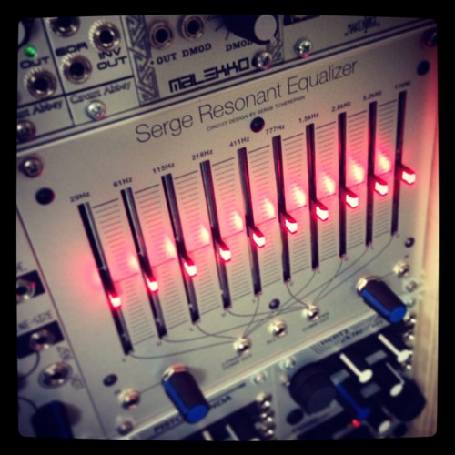 Serge Resonant EQ Beat Frequency Drone