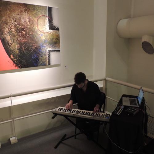 BAJO LA LINEA DEL SILENCIO / en vivo British Art Center