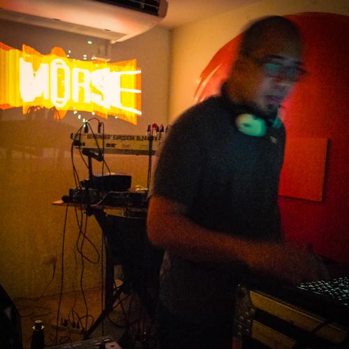 morse - one foot forward