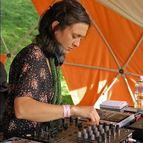 DJ Nanda Mix Live 3/3 @ Ozora, Hungary - August 2006