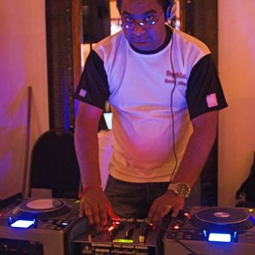 DJ Devesh1