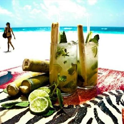 Mojitos at the beach