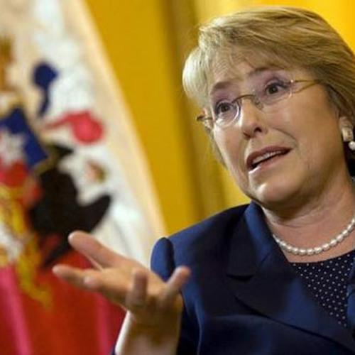 Reportage RFI: Chili - Candidature de Michelle Bachelet