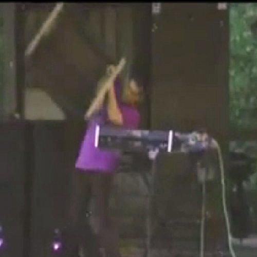 Headboggle live 8/28/11 Voice of the Valley 3, Pentress, WV (excerpt)