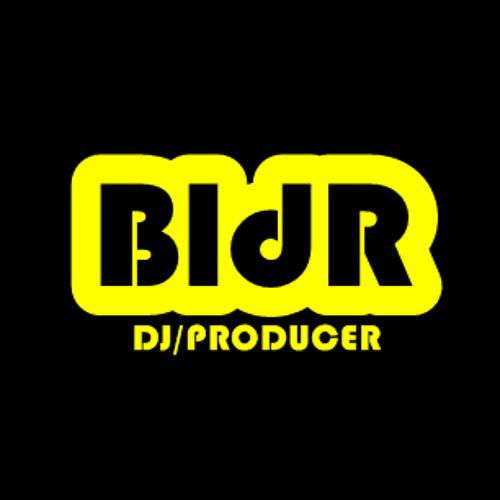 Bl3NdR0 Ft SulBoyz- TXOLDRA (Original Mix)
